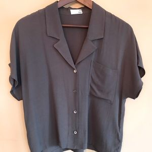 ARITZIA Wilfred top; size small